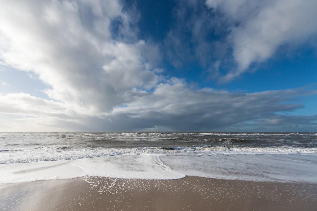 2 store regnbyger på vej ind over vestjylland